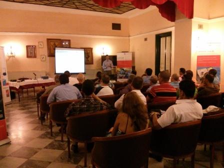 Pedro Caparrós, técnico de Servicios de PRÜFTECHNIK España, durante un instante de su conferencia en Cuba